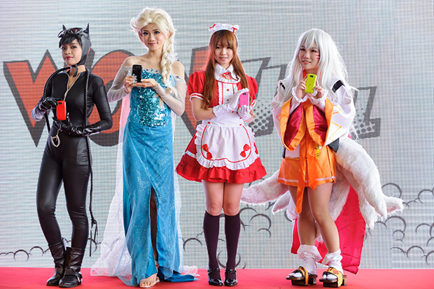 Cosplayers with Ninetology U9J1