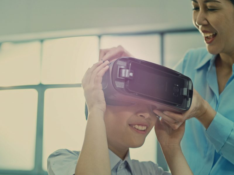 Samsung Smart School Inspires Youngsters to  Do What They Can't