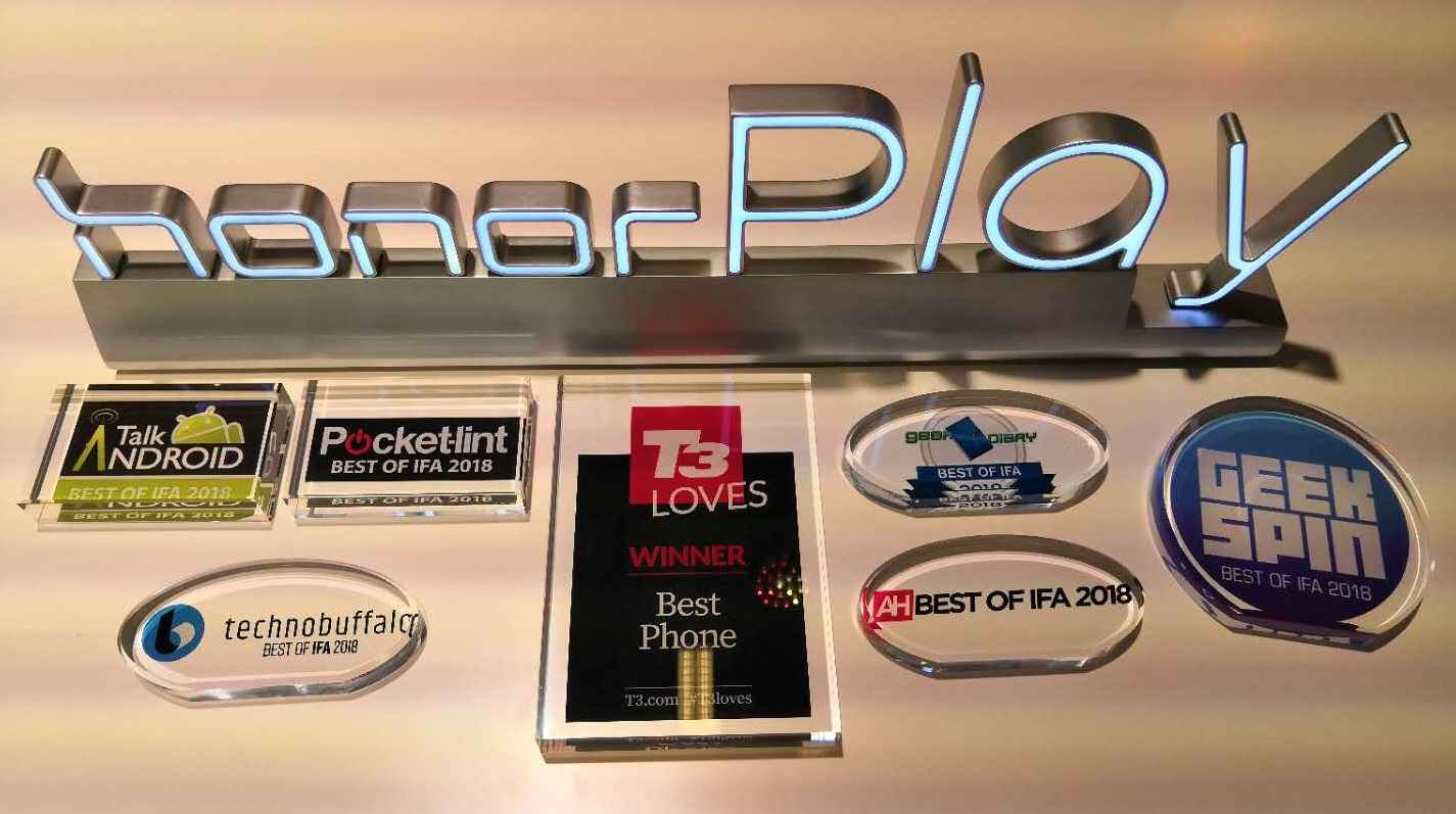 """Honor Play Named """"Best of IFA 2018"""" by Global Media"""