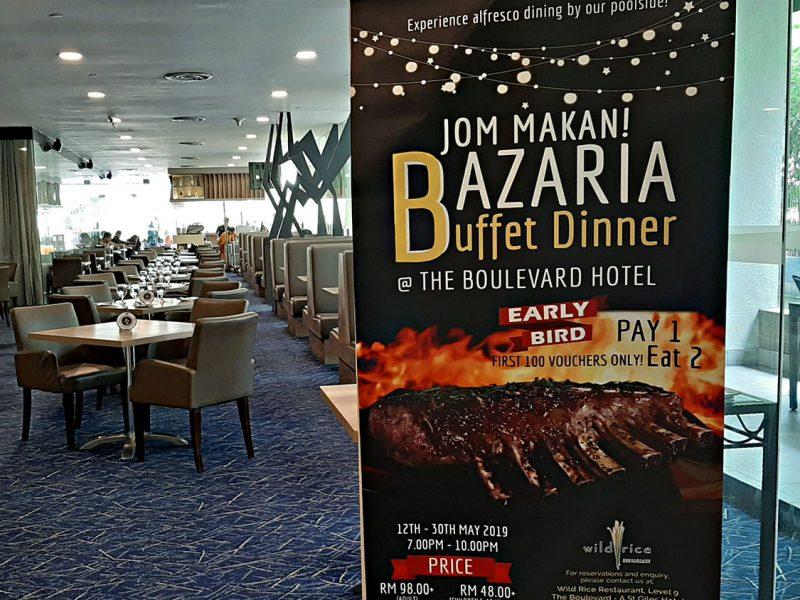 Enjoy Poolside Alfresco Dining at Bazaria Ramadhan Buffet Dinner