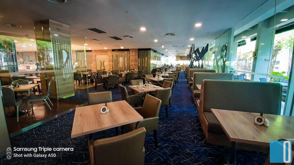 Wild Rice Restaurant - Boulevard Hotel