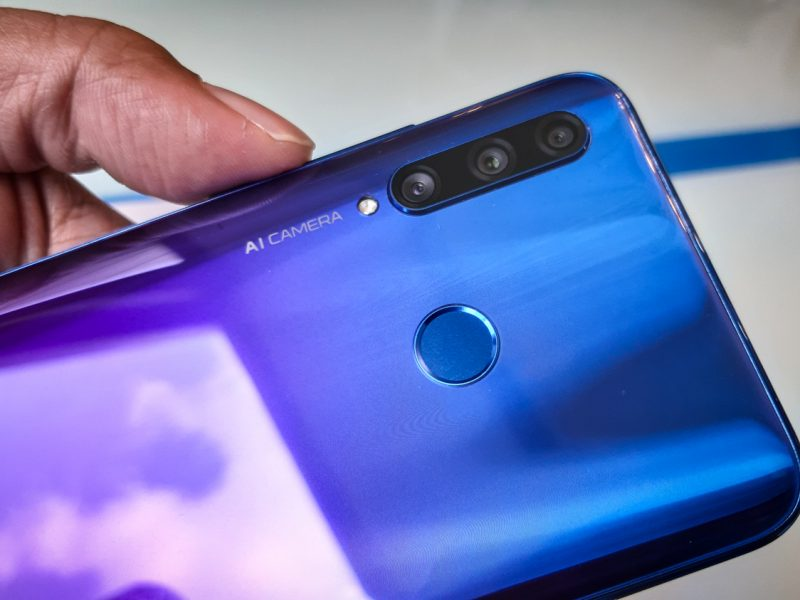 HONOR 20 Lite Now Available at HONOR Experience Stores Nationwide