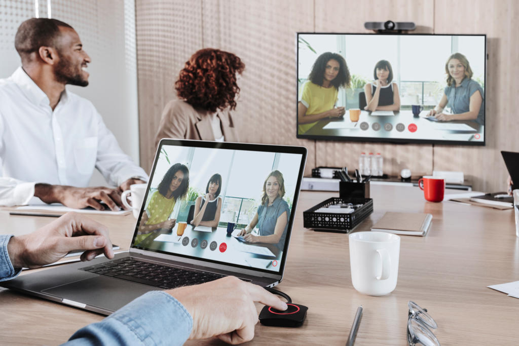 New ClickShare Conference Brings Wireless Conferencing to the Workplace